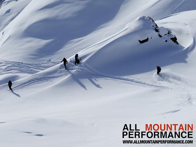 Off piste ski school