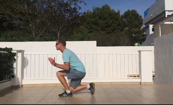 Ski fitness - Lunge jumps exercise